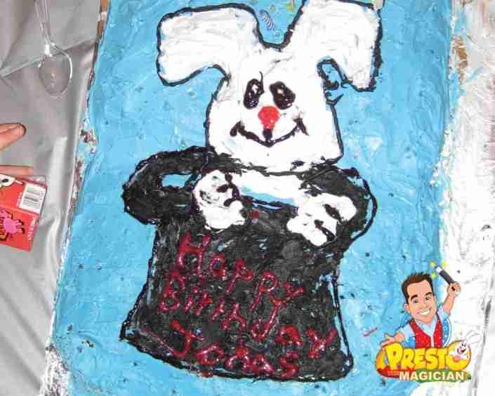 rabbit in hat cake