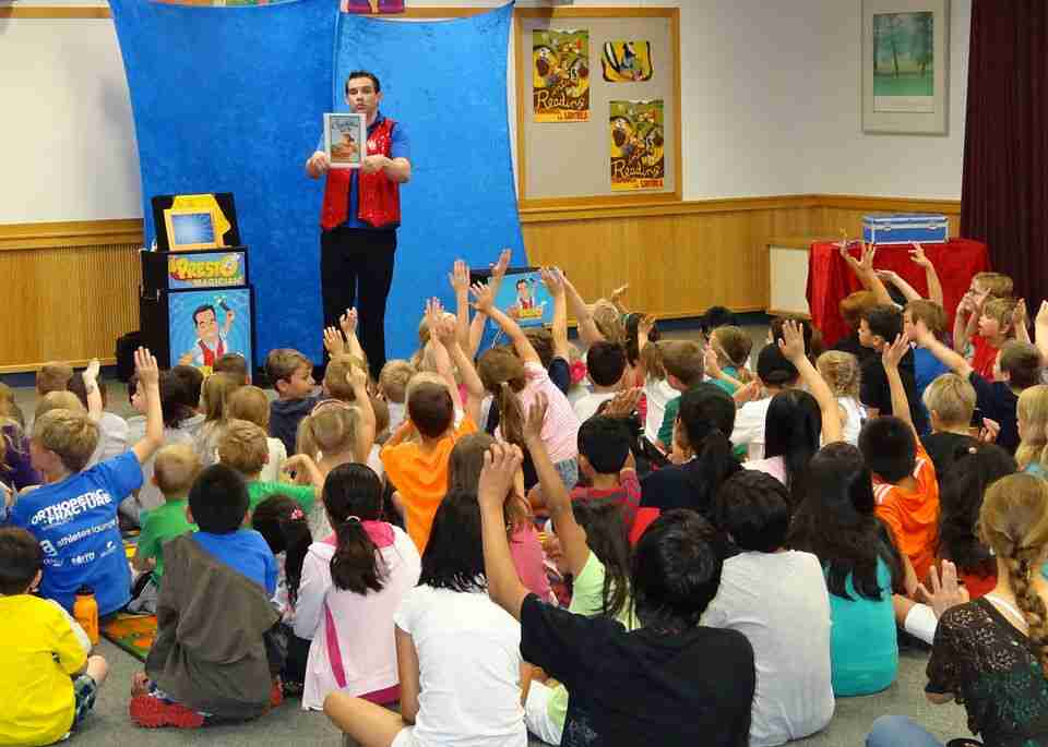 Public library magic reading show
