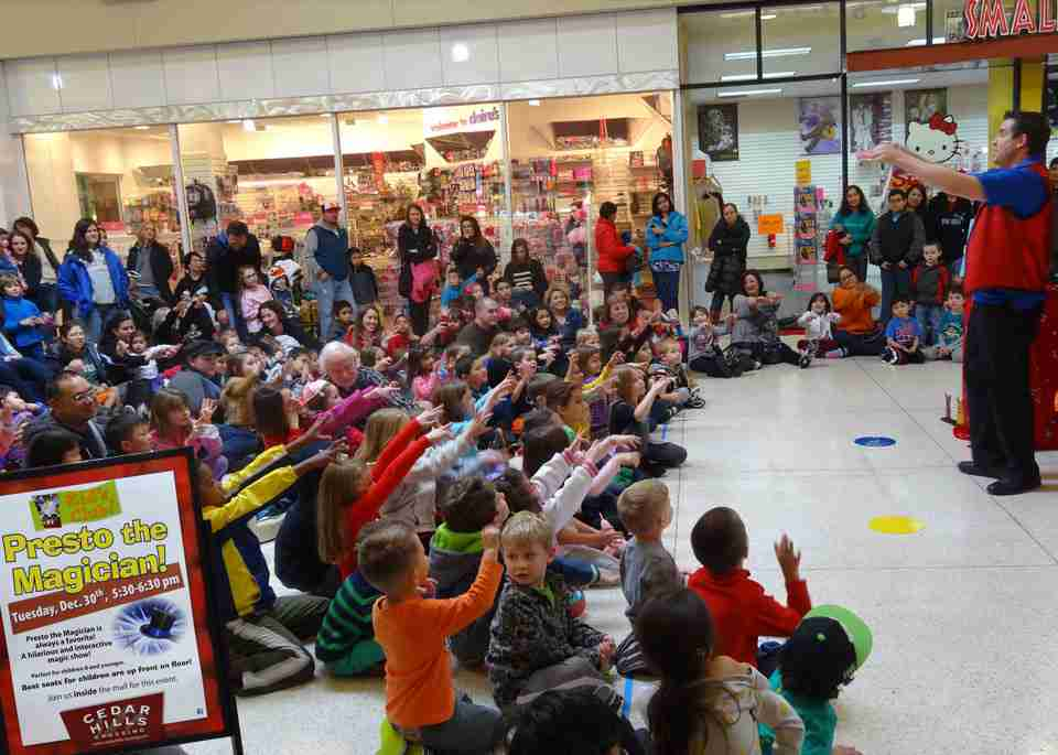 comedy magic show at cedar hills mall